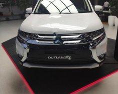 Cần bán Mitsubishi Outlander 2.0 CVT Premium sản xuất 2019, màu trắng giá 908 triệu tại An Giang
