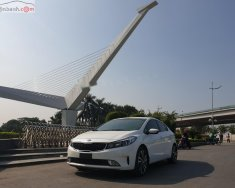 Cần bán lại xe Kia Cerato năm 2017, màu trắng giá 565tr xe nguyên bản giá 565 triệu tại Hà Nội