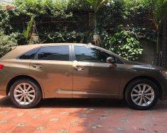 Bán Toyota Venza 2.7 đời 2009, màu nâu, nhập khẩu, chính chủ giá 700 triệu tại Hà Nội