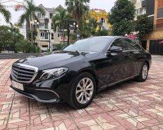 Bán Mercedes E200 đời 2016, màu đen, chính chủ giá 1 tỷ 630 tr tại Hà Nội