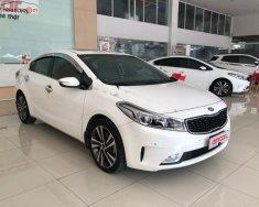 Cần bán lại xe Kia Cerato năm sản xuất 2017, màu trắng xe nguyên bản giá 575 triệu tại Tp.HCM