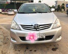 Cần bán lại xe Toyota Innova G đời 2010, màu bạc còn mới, giá tốt giá 385 triệu tại Hà Nội