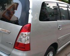 Cần bán Toyota Innova 2.0E đời 2012, màu bạc số sàn, 435tr giá 435 triệu tại Tp.HCM