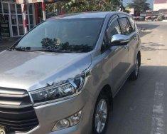 Cần bán lại xe Toyota Innova 2.0 MT đời 2016, màu xám, số sàn giá 599 triệu tại Hòa Bình