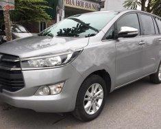 Cần bán xe Toyota Innova 2.0E đời 2017, màu bạc, giá 655tr giá 655 triệu tại Hà Nội