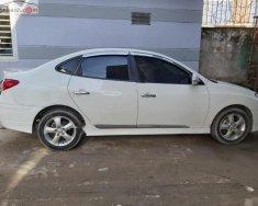 Bán Hyundai Avante 1.6 AT đời 2011, màu trắng, số tự động  giá 365 triệu tại Bình Dương