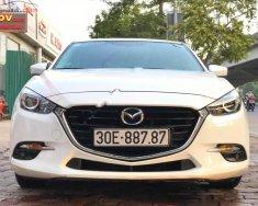 Cần bán Mazda 3 1.5 AT năm sản xuất 2017, màu trắng, giá tốt giá 645 triệu tại Hà Nội