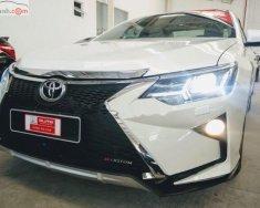 Cần bán lại xe cũ Toyota Camry 2.0 năm 2014, màu trắng giá 850 triệu tại Tp.HCM