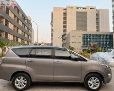 Cần bán lại xe cũ Toyota Innova đời 2018, màu nâu giá 705 triệu tại Hà Nội