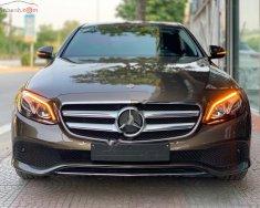 Cần bán Mercedes E250 đời 2017, màu nâu giá 2 tỷ 39 tr tại Hà Nội