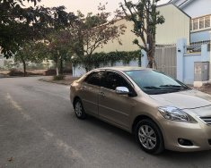 Bán xe Toyota Vios 1.5E màu vàng, sx cuối 2012, chính chủ gia đình từ đầu giá 280 triệu tại Hà Nội