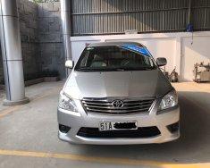 Kiếm xe chơi tết-Giá Cực Ưu Đãi. Innova E 2012, màu bạc số sàn. giá 490 triệu tại Tp.HCM