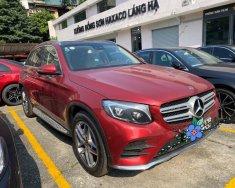 Cần bán xe Mercedes GLC300 AMG đời 2019, màu đỏ giá 2 tỷ 160 tr tại Hà Nội