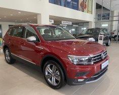 Tiguan Luxury SUV 7 chỗ dành cho gia đình, giá cực tốt,  giao xe ngay giá 1 tỷ 849 tr tại Tp.HCM