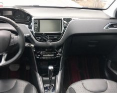 Bán ô tô Peugeot 208 1.6AT năm sản xuất 2015, màu đỏ, nhập khẩu nguyên chiếc xe gia đình giá 590 triệu tại Tp.HCM