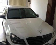 Bán xe Mercedes C250 đời 2012, màu trắng, nhập khẩu nguyên chiếc giá 620 triệu tại Khánh Hòa