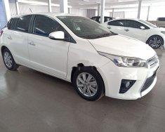Cần bán xe Toyota Yaris đời 2016, màu trắng, nhập khẩu nguyên chiếc   giá 570 triệu tại Tp.HCM
