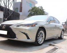 Bán xe Lexus ES 250 sản xuất năm 2020, màu bạc, nhập khẩu giá 2 tỷ 580 tr tại Tp.HCM