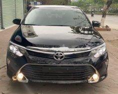 Bán Toyota Camry năm sản xuất 2018, giá 900tr giá 900 triệu tại Hà Nội