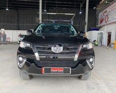 Cần bán xe Toyota Fortuner đời 2019 giá 1 tỷ 30 tr tại Tp.HCM