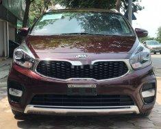 Cần bán xe Kia Rondo 2.0 đời 2017, màu đỏ xe gia đình giá 585 triệu tại Hà Nội
