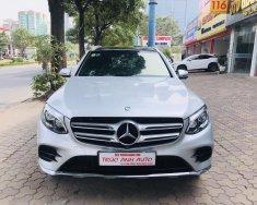 Trúc Anh Auto cần bán gấp Mercedes GLC 300 sản xuất năm 2017, màu bạc giá 1 tỷ 750 tr tại Hà Nội