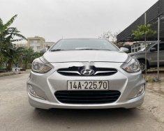 Cần bán lại xe Hyundai Accent đời 2011, màu bạc số tự động giá 335 triệu tại Hải Dương
