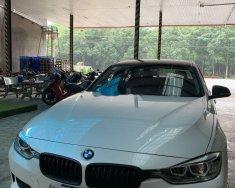 Bán xe cũ BMW 320i sản xuất năm 2012, xe nhập giá 780 triệu tại Tp.HCM