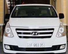 Chính chủ bán xe cũ Hyundai Grand Starex đời 2016, màu trắng  giá 650 triệu tại Tp.HCM