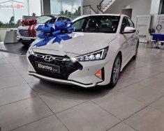Bán xe Hyundai Elantra Sport 1.6 AT sản xuất 2020, màu trắng giá 749 triệu tại Bình Định