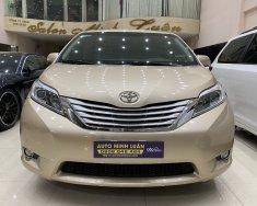 Auto Minh Luân cần bán xe Toyota Sienna đời 2014, màu vàng cát giá 2 tỷ 300 tr tại Tp.HCM