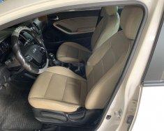 Xe Kia Cerato đời 2017, màu trắng, 450 triệu giá 450 triệu tại Quảng Bình
