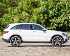 Bán ô tô Mercedes GLC 200 năm sản xuất 2020, màu trắng giá 1 tỷ 749 tr tại Khánh Hòa