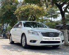 Cần bán lại xe Toyota Camry 2.0E đời 2010, màu trắng, nhập khẩu chính chủ giá 505 triệu tại Hà Nội