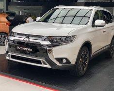 Cần bán xe Mitsubishi Outlander AT đời 2020, màu trắng, 550tr giá 550 triệu tại Quảng Nam