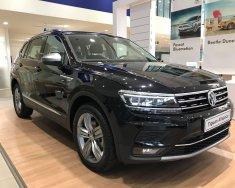 Volkswagen Tiguan Topline nhập khẩu, màu đen tặng quà khủng giá 1 tỷ 729 tr tại Quảng Ninh