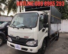 Xe tải Hino XZU720 3,5 tấn thùng mui bạt giá 535 triệu tại Tp.HCM