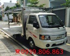 Xe tải JAC 1.5 tấn thùng kín cánh dơi (có phiếu thùng), trả trước 70 triệu giá 340 triệu tại Tp.HCM