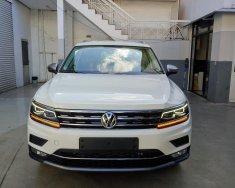 Volkswagen Tiguan Topline , màu trắng, nhập khẩu tặng quà khủng giá 1 tỷ 729 tr tại Quảng Ninh