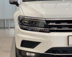 Volkswagen Tiguan Luxury giảm ngay 120tr!! giá 1 tỷ 799 tr tại Quảng Ninh