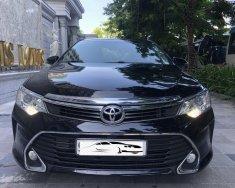 Cần bán Toyota Camry 2.5Q đời 2016, màu đen giá 829 triệu tại Hà Nội