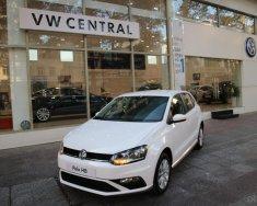Volkswagen Polo Hatchback trắng 2020 nhập khẩu nguyên chiếc giá 695 triệu tại Quảng Ninh