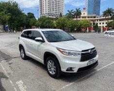 Cần bán Toyota Highlander LE đời 2014, màu trắng, nhập khẩu nguyên chiếc giá 1 tỷ 380 tr tại Hà Nội