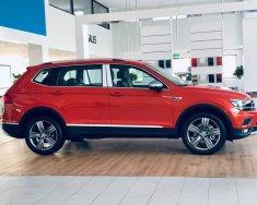 Volkswagen Tiguan Luxury Topline - Xe Đức nhập khẩu nguyên chiếc - Tặng 50% phí trước bạ trong tháng 7 giá 1 tỷ 799 tr tại Quảng Ninh