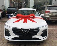 Lux A2.0 giảm 100% thuế, vay LS 0%, hoặc trừ 10% giá xe giá 1 tỷ 61 tr tại Hà Nội