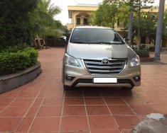 Cần bán Toyota Innova 2.0E đời 2016, màu ghi vàng, chính chủ giá 435 triệu tại Hà Nội