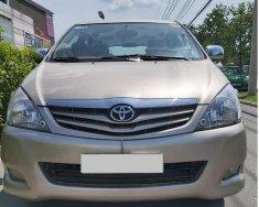 Nhà mình bán Toyota Innova 2011, số sàn, màu vàng cát giá 312 triệu tại Tp.HCM