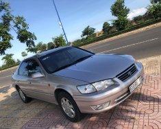 Chính chủ cần bán xe Toyota Camry đời 2002 giá 125 triệu tại Tp.HCM
