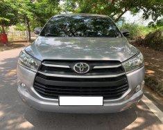 Nhà mình cần bán Toyota Innova 2017, số sàn, màu xám giá 566 triệu tại Tp.HCM