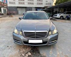 Nhà mình cần bán Mercedes E250 2010 CGI, số tự động, màu xám giá 526 triệu tại Tp.HCM